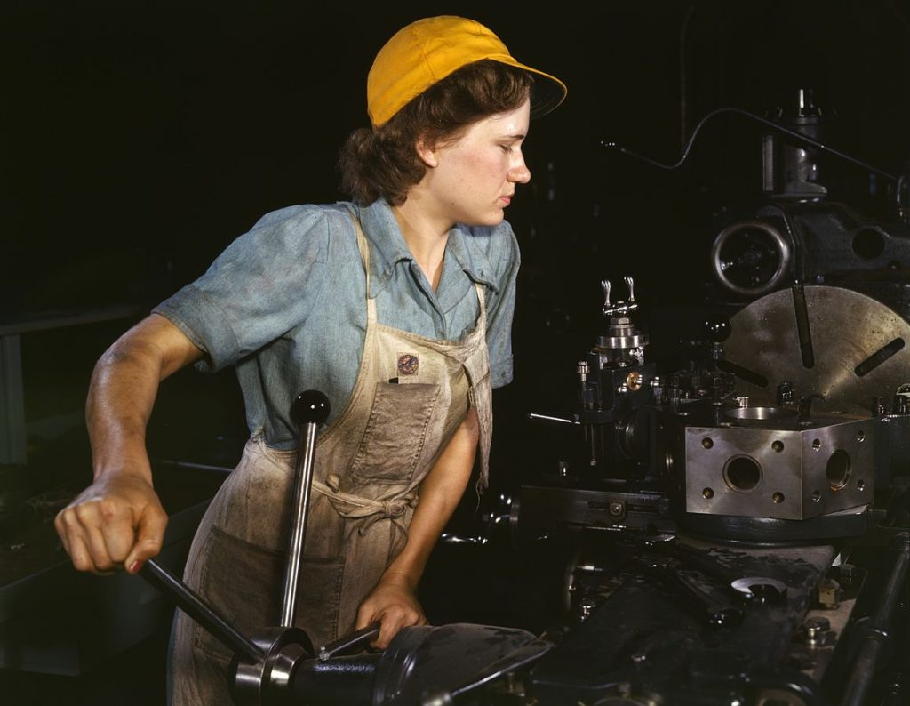 1161px-WomanFactory1940s