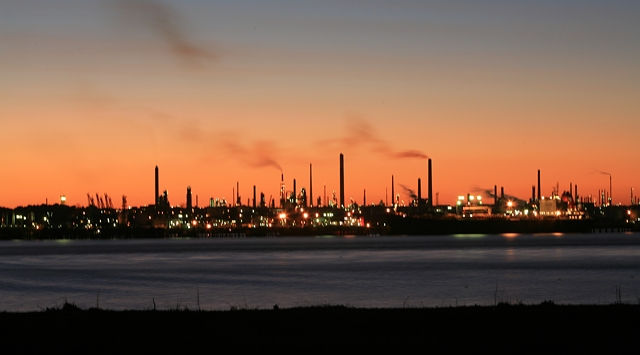 Fawley_Oil_Refinery